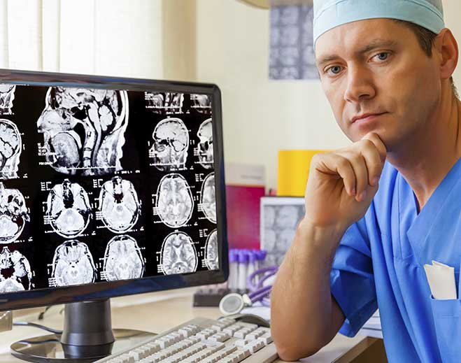 neurology-neurologist-brain-doctor-mri-review-scans